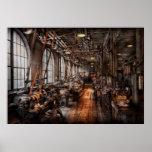 Maquinista - una tienda de máquina completamente d posters
