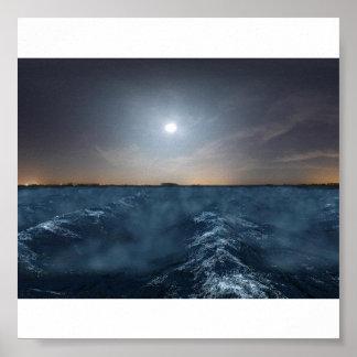 Mar agitado en la noche impresiones