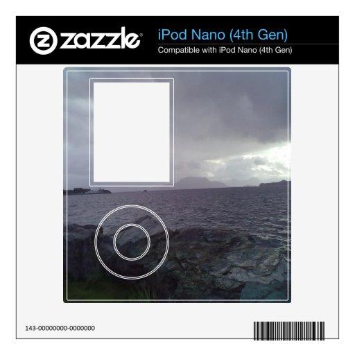 Mar con la montaña en el fondo iPod nano 4G skins