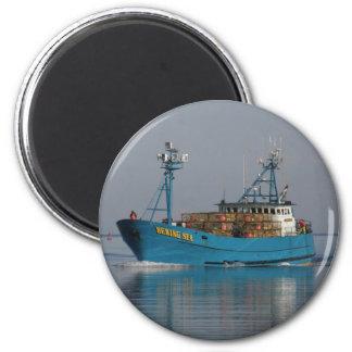 Mar de Bering, barco del cangrejo en el puerto hol Imán Redondo 5 Cm