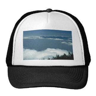 Mar de nubes gorras