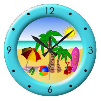 Mar de Sun de la playa y relojes redondos azules