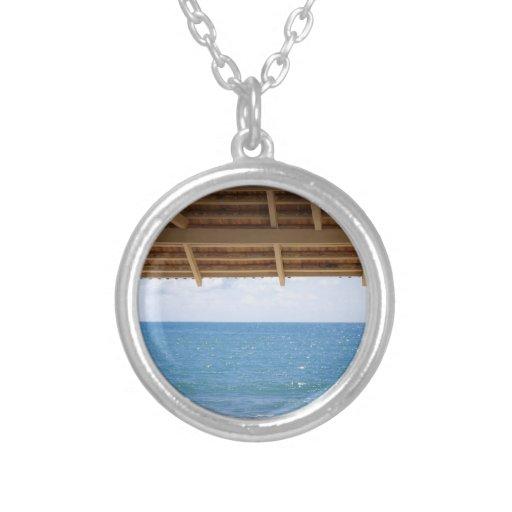 Mar del azul de la fotografía del verano joyería