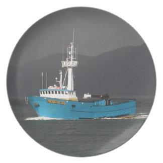 Mar del Norte, barco de pesca del cangrejo en el p Plato De Cena
