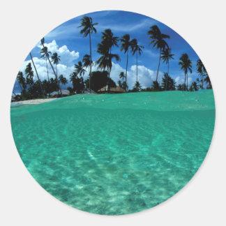 Mar e isla, Indonesia Pegatinas Redondas