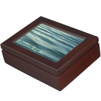 Mar iluminado por la luna personalizado caja de recuerdos