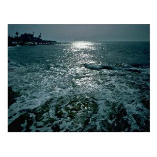 Mar que hace espuma postales