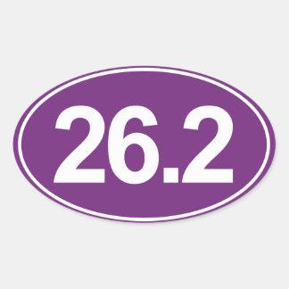 Maratón 26,2 millas de pegatina oval (púrpura)