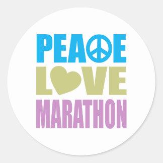 Maratón del amor de la paz pegatina redonda
