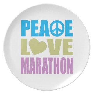 Maratón del amor de la paz platos