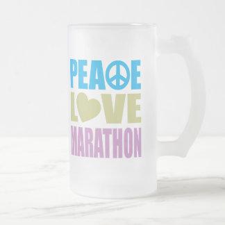 Maratón del amor de la paz taza de cristal