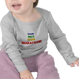 Maratón del funcionamiento del paseo del arrastre camiseta