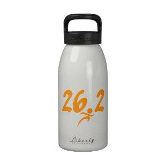 Maratón del naranja 26,2 botallas de agua