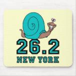 Maratón divertido de Nueva York Alfombrillas De Ratones