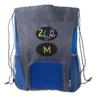 Maratón ecléctico 26,2 del monograma mochila de cordón