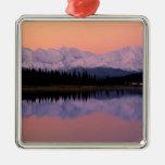 Maravilla Alaska de la salida del sol de Denali de Ornamento Para Arbol De Navidad