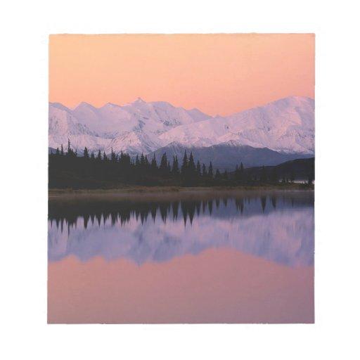 Maravilla Alaska de la salida del sol de Denali de Libretas Para Notas