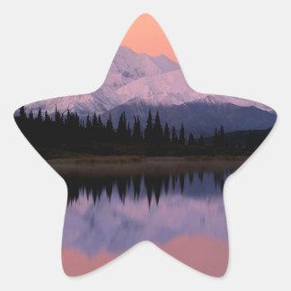 Maravilla Alaska de la salida del sol de Denali Pegatina En Forma De Estrella