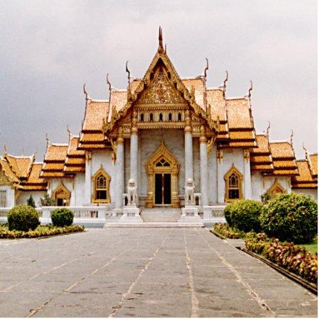 Marble Temple Of Gold  Khmer Lion Photosculpture Statuette