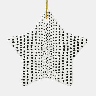 Marca del punto que hace el modelo adorno de cerámica en forma de estrella