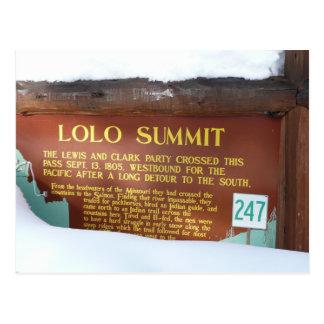 Marcador histórico de la cumbre de Lolo en la niev Postal