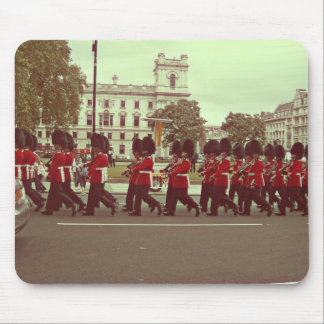Marching guards at buckingham palace mouse pad