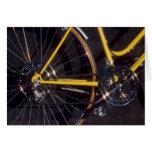 Marco amarillo de ciclo de la bici del ciclo de la tarjeta de felicitación