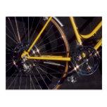 Marco amarillo de ciclo de la bici del ciclo de la postal