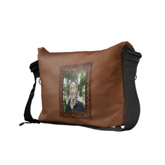 Marco cuadrado 2 bolsas de mensajería