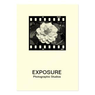 marco de película de 35m m 01 (crema) plantillas de tarjeta de negocio
