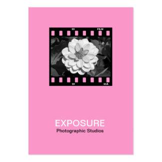 marco de película de 35m m 01 - rosa tarjeta de negocio