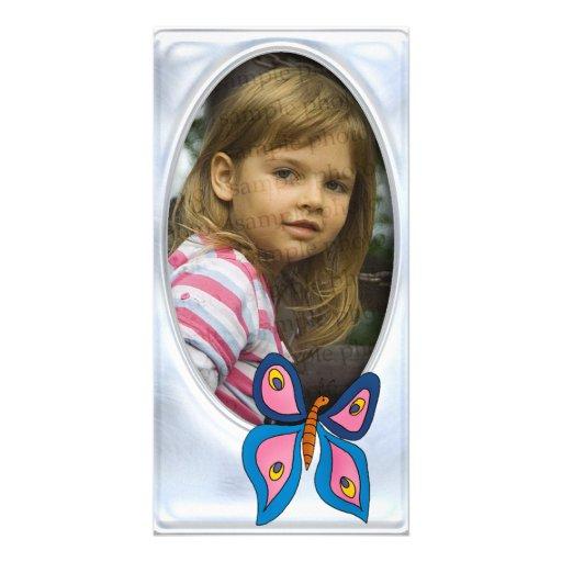 Marco de plata lindo de la foto con la mariposa tarjetas con fotos personalizadas