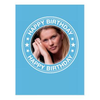 Marco del feliz cumpleaños en azul tarjeta postal