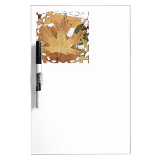 Marco del mosaico de las hojas de otoño tablero blanco