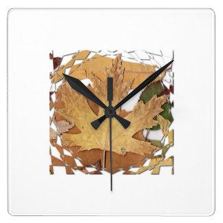 Marco del mosaico de las hojas de otoño relojes de pared