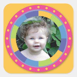 ¡Marco enrrollado del círculo - disco! en amarillo Pegatina Cuadrada