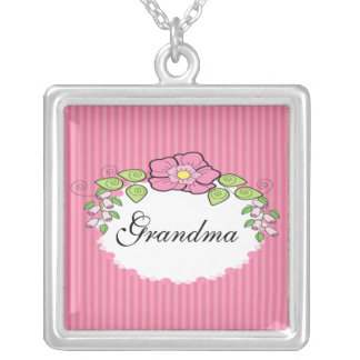 Marco floral del collar del abuelo de la abuela