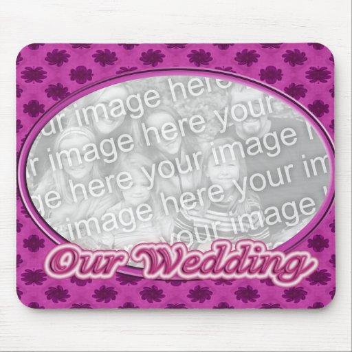 marco floral rosado de la foto del boda alfombrillas de ratón