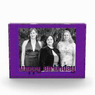 Marco púrpura de la foto del feliz cumpleaños