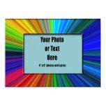 Marco radiante de los colores - personalizable invitación 12,7 x 17,8 cm