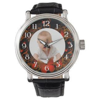 Marco rojo de la mariposa de la foto de encargo relojes de pulsera