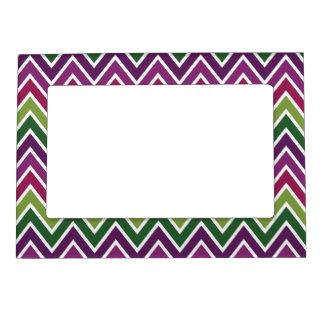 Marco verde y púrpura de la raya de Chevron Marcos Magneticos