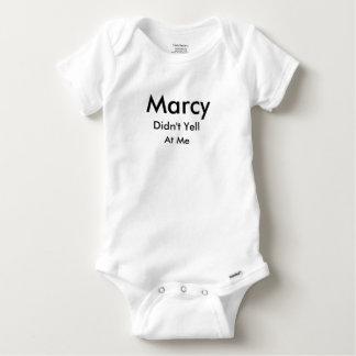 Marcy no gritó en mí la camisa