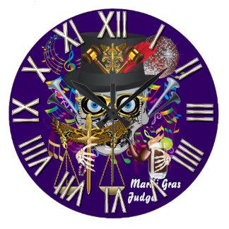 Mardi Gras background color, gold, purple, green Round Wall Clocks