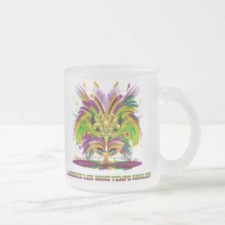 Mardi-Gras-Mask-The-Queen-V-4 Mug