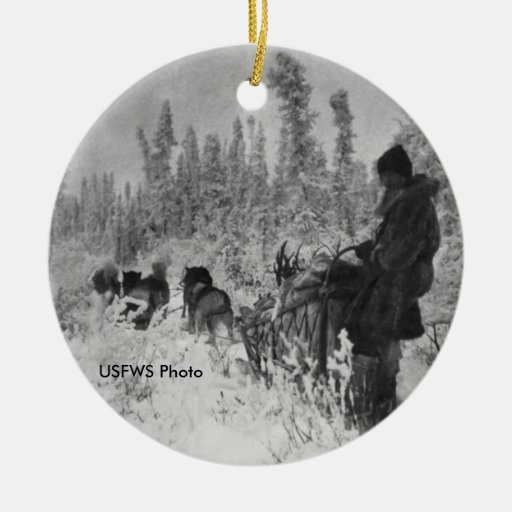 Mardy Murie Dog Team on the Trail Ornaments