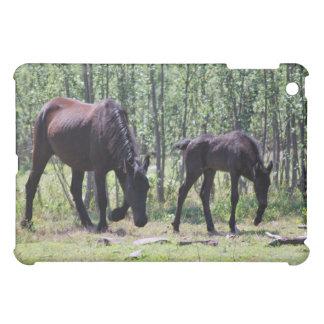 Mare and foal perfectly in sync ipad iPad mini case