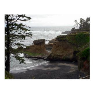 """""""Marea baja en la bahía de Depoe, postal de Oregon"""