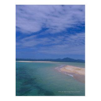 Marea baja en la playa postal