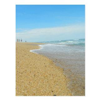 Marea baja en la playa tarjeta postal